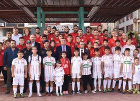 Çan Belediye Başkanı Bülent ÖZ, sporla ilgilenen gençlere yakın ilgi gösteriyor