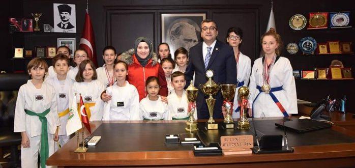 Başkanımız Bülent ÖZ, Tekvando Şampiyonasına Katılan Sporcuları Misafir Etti